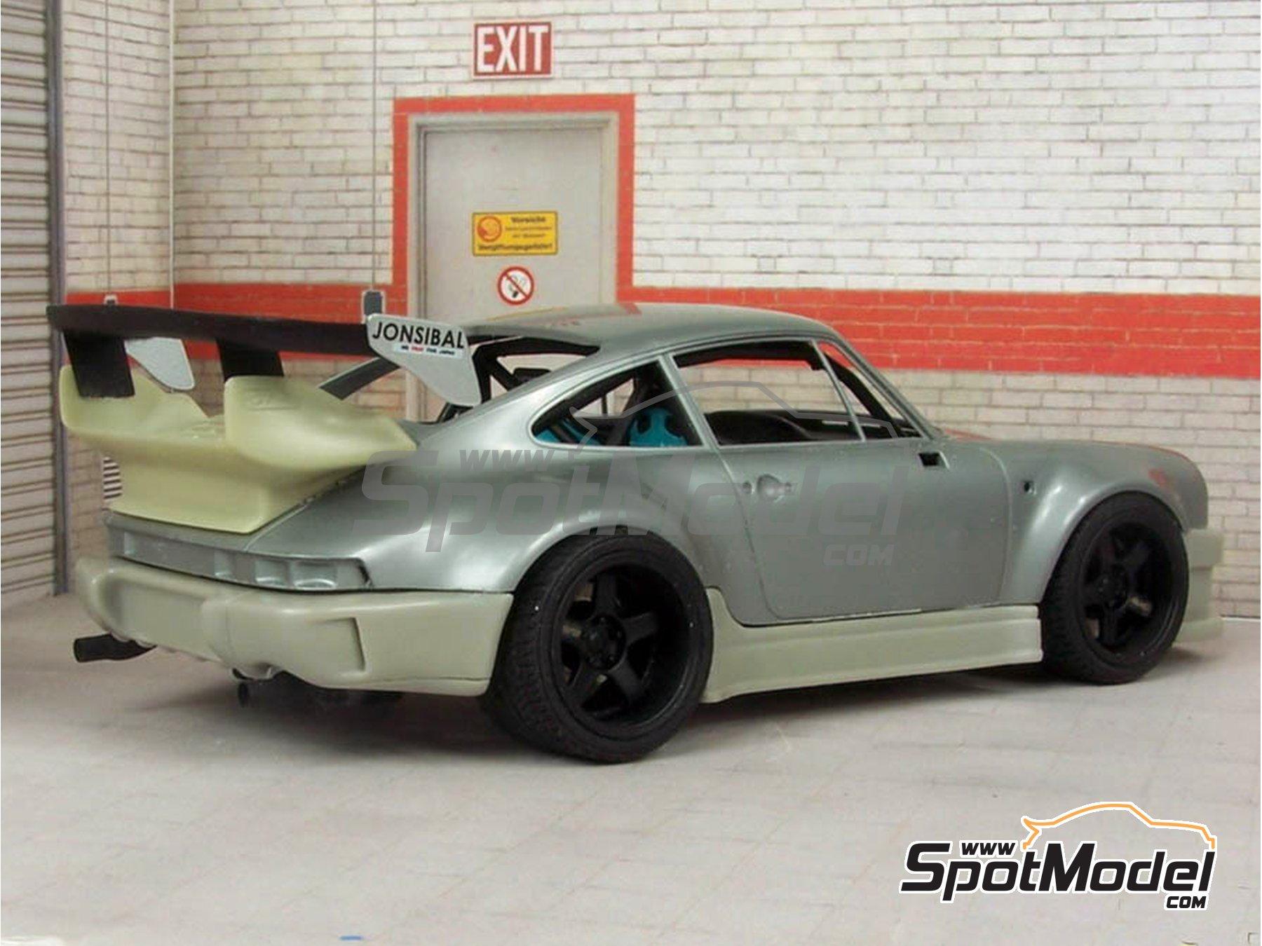 Image 2: Porsche 911 930 Turbo RWB   Transkit en escala1/24 fabricado por Scale Production (ref.SPTK24061)