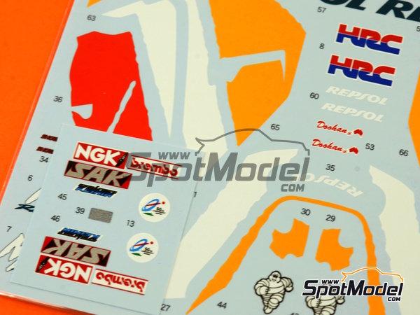 Image 5: Honda NSR500 Repsol - Campeonato del Mundo de Motociclismo 1998 | Decoración en escala1/12 fabricado por Shunko Models (ref.SHK-D277)