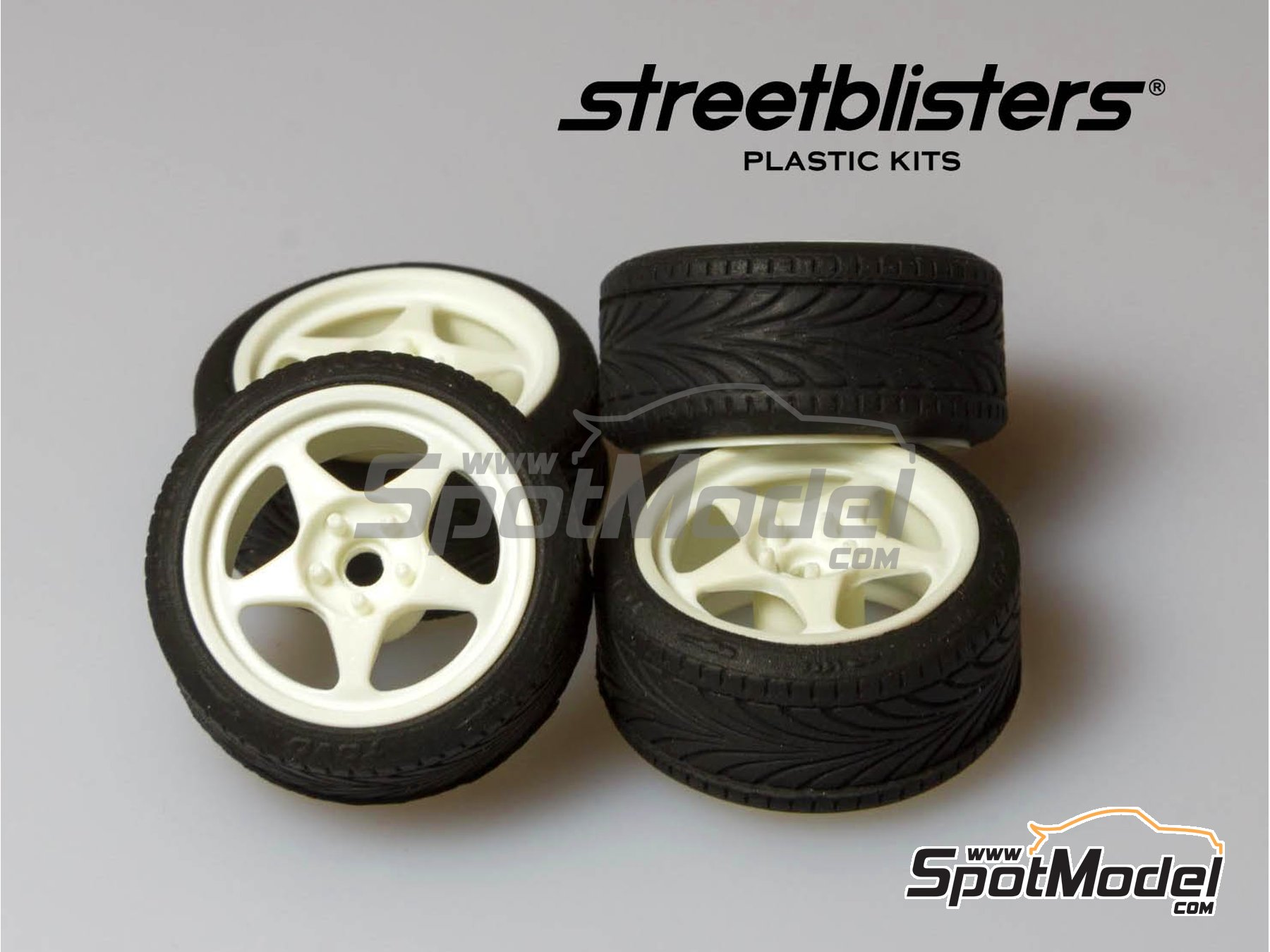 Image 1: SB-EVO | Rims and tyres set in 1/24 scale manufactured by StreetBlisters (ref. 10001)