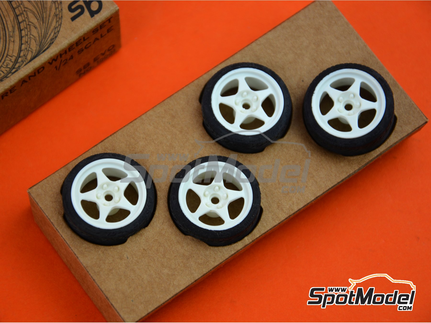 Image 5: SB-EVO | Rims and tyres set in 1/24 scale manufactured by StreetBlisters (ref. 10001)