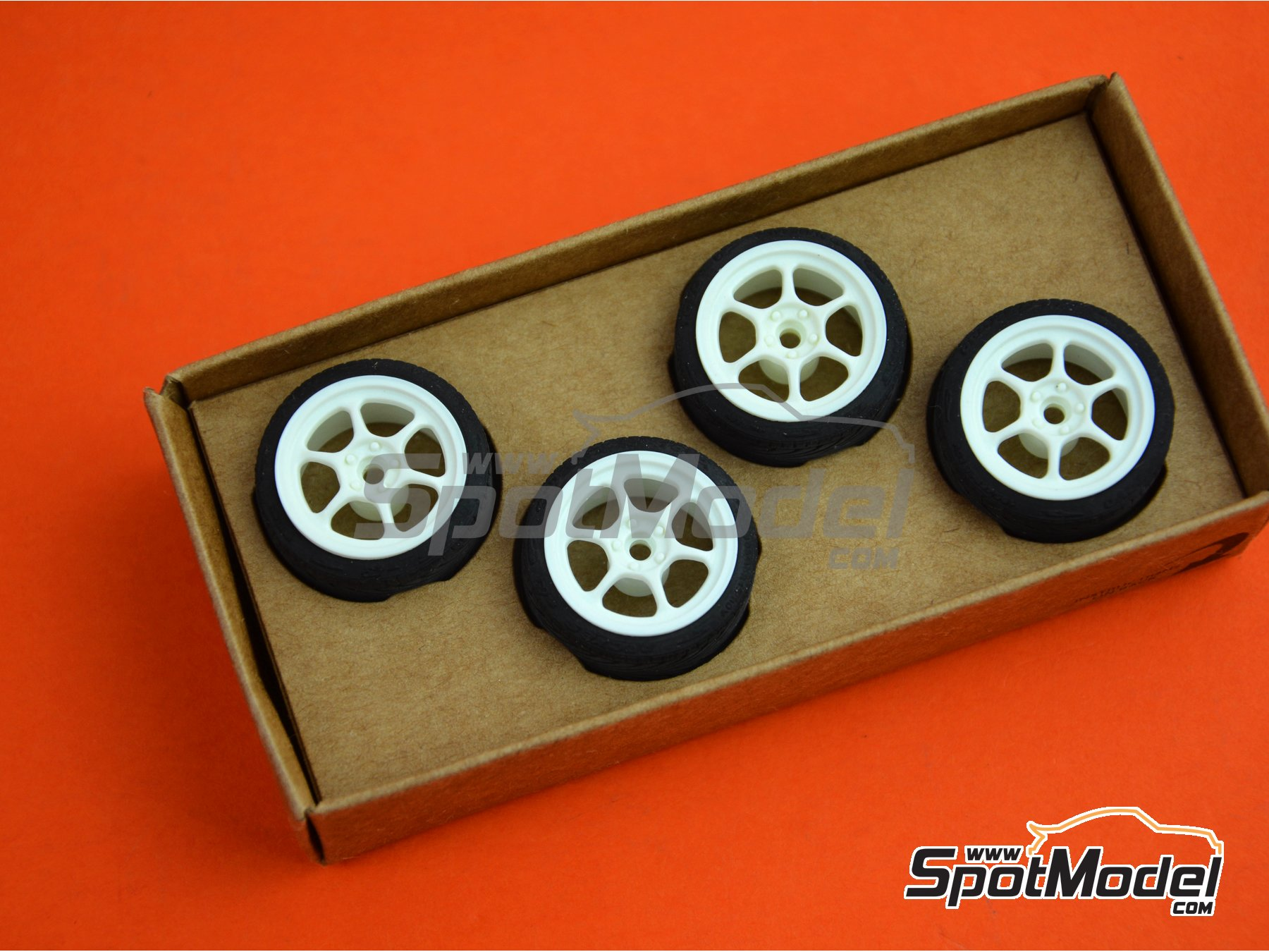 Image 5: SB-RG | Rims and tyres set in 1/24 scale manufactured by StreetBlisters (ref. 10003)