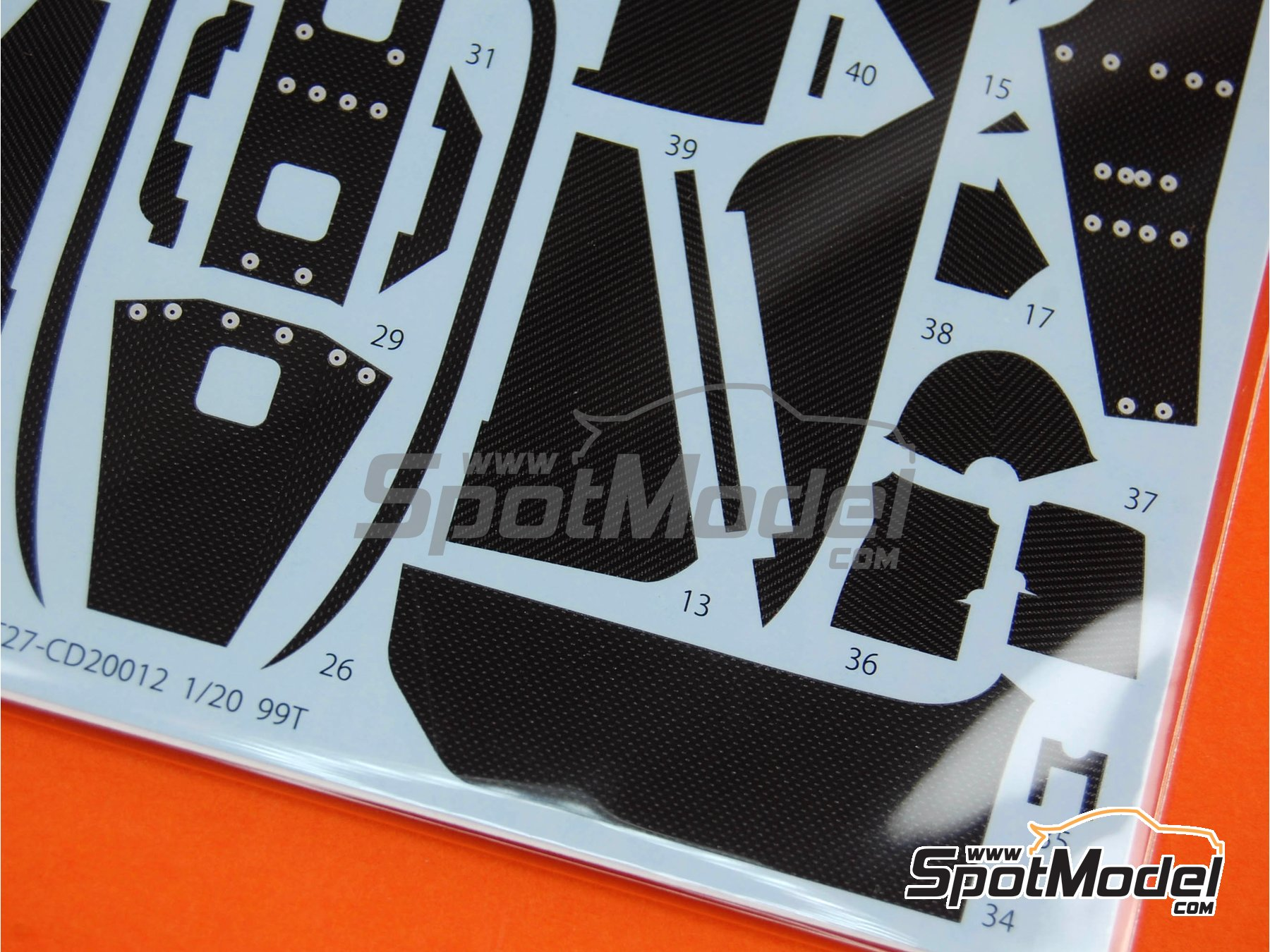 Image 4: Lotus Honda 99T - FIA Formula 1 World Championship | Carbon fibre pattern decal in 1/20 scale manufactured by Studio27 (ref.ST27-CD20012)