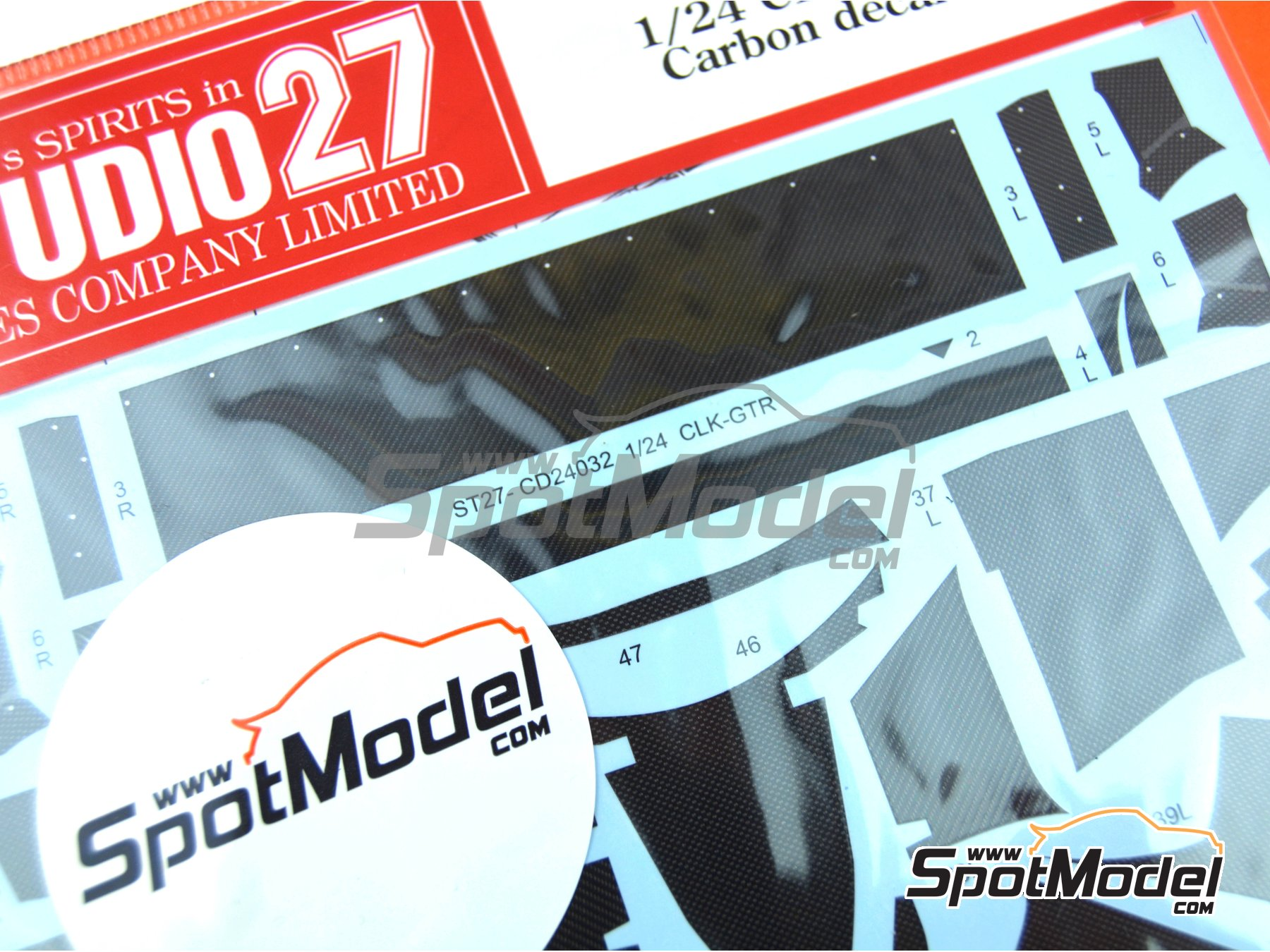 Image 2: Mercedes CLK-GTR | Carbon fibre pattern decal in 1/24 scale manufactured by Studio27 (ref.ST27-CD24032)