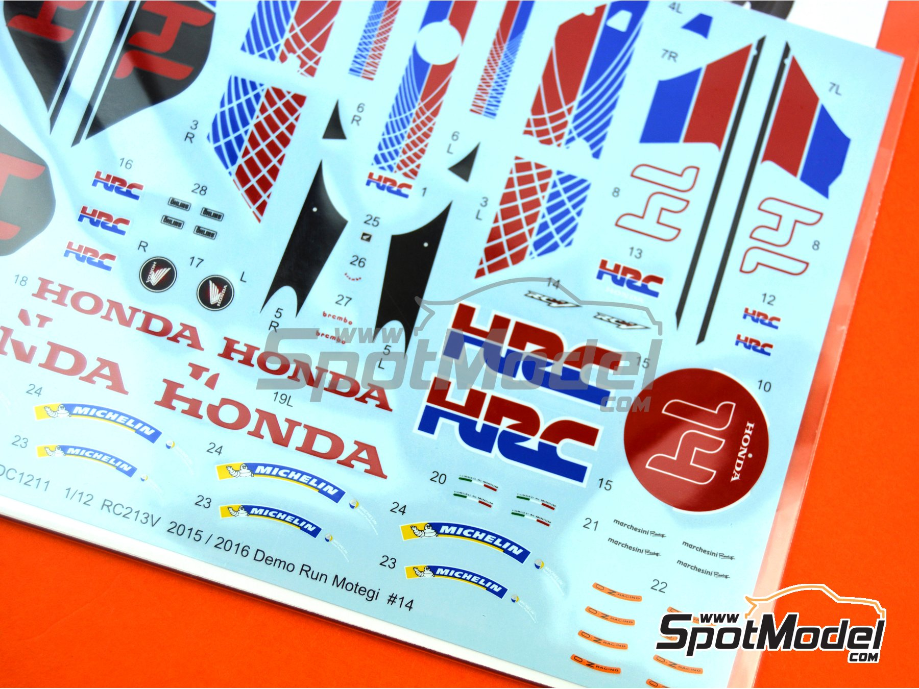 Image 4: Honda RC213V HRC - Honda Racing Thanks Day Motegi 2015 y 2016 | Decoración en escala 1/12 fabricado por Studio27 (ref. ST27-DC1211)