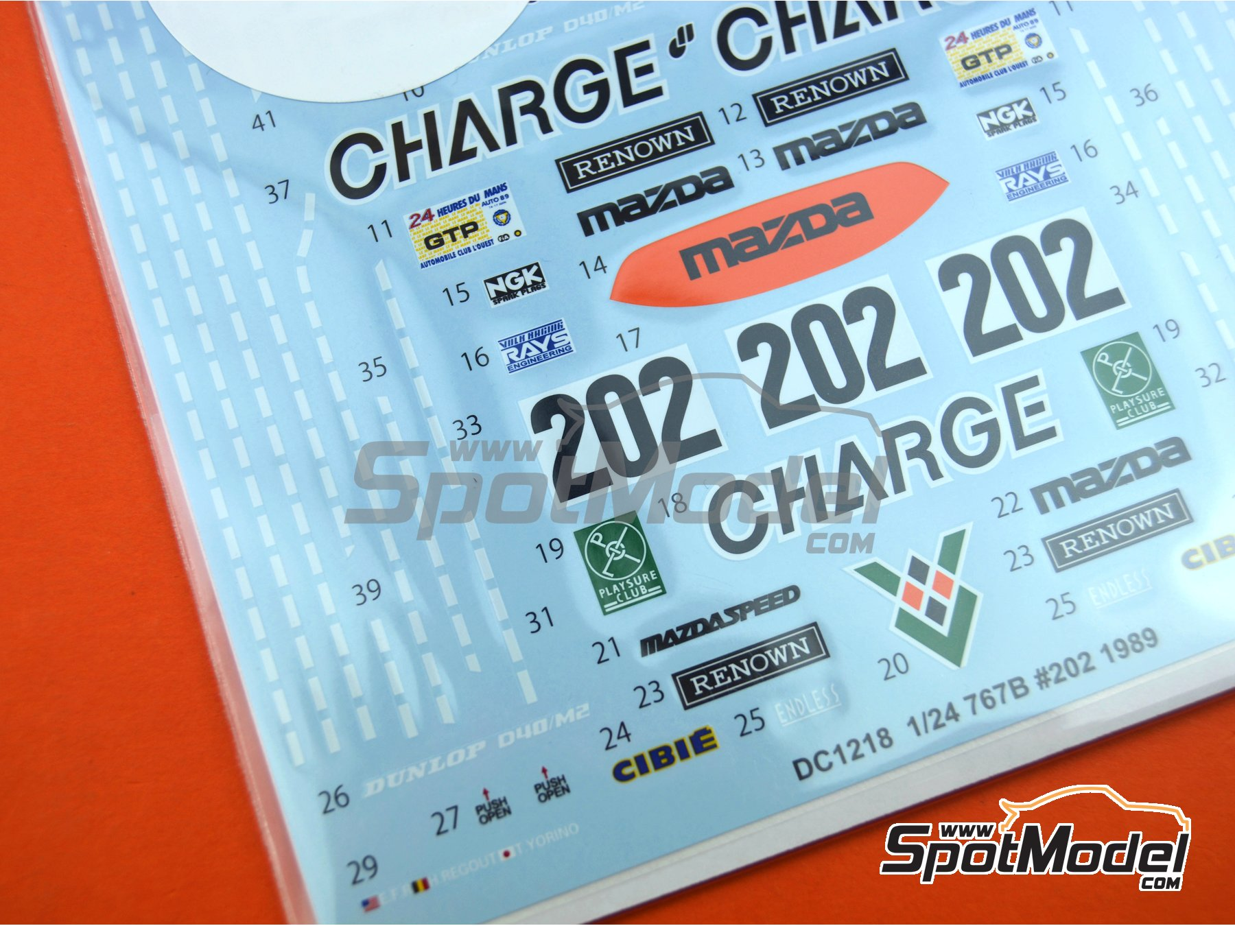 Image 4: Mazda 767B Charge - 24 Hours Le Mans 1989 | Marking / livery in 1/24 scale manufactured by Studio27 (ref.ST27-DC1218)