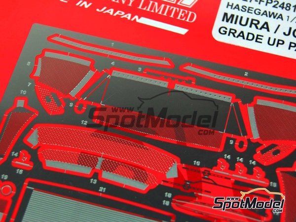 Image 2: Lamborghini Miura and Jota | Detail up set in 1/24 scale manufactured by Studio27 (ref. ST27-FP2481)