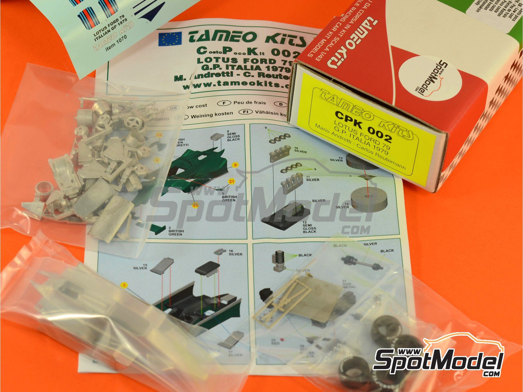 Image 7: Lotus Ford Type 79 Martini Essex - Italian Formula 1 Grand Prix 1979 | Model car kit in 1/43 scale manufactured by Tameo Kits (ref. CPK002)