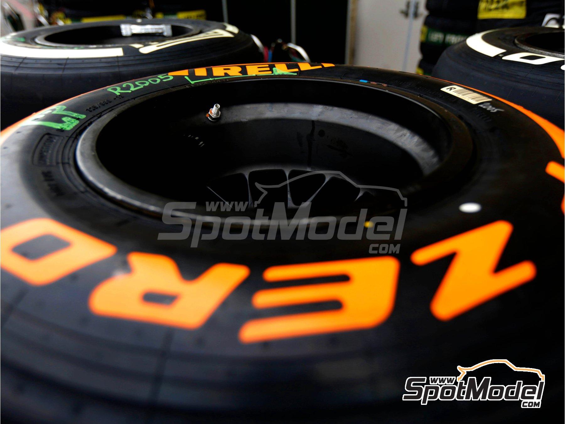 Image 6: Pirelli P Zero Orange | Tyre set in 1/43 scale manufactured by Tameo Kits (ref.PWT26)
