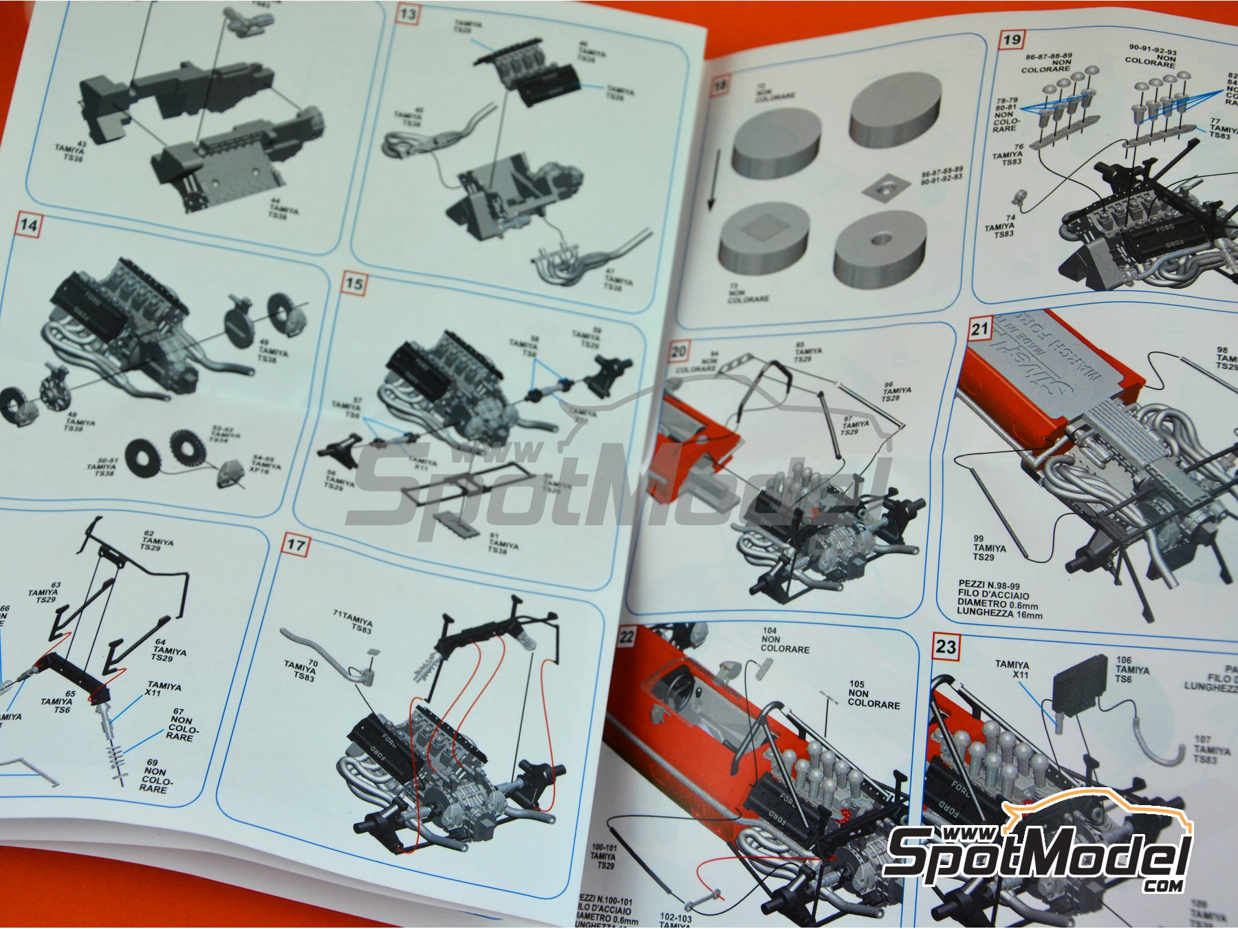 Image 2: March Ford 701 STP - Spanish Grand Prix 1970 | Model car kit in 1/43 scale manufactured by Tameo Kits (ref. SLK107)