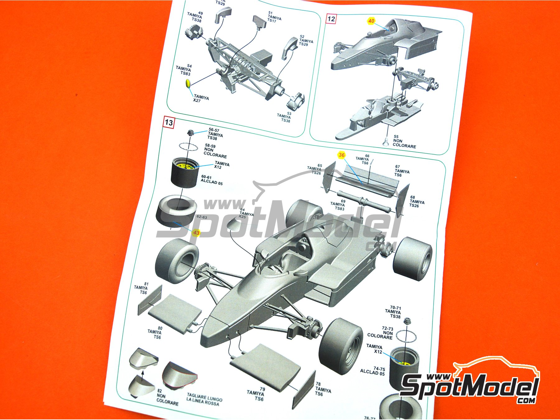 Image 4: Williams Honda FW09 TAG Denim - South African Formula 1 Grand Prix 1983 | Model car kit in 1/43 scale manufactured by Tameo Kits (ref. SLK119)