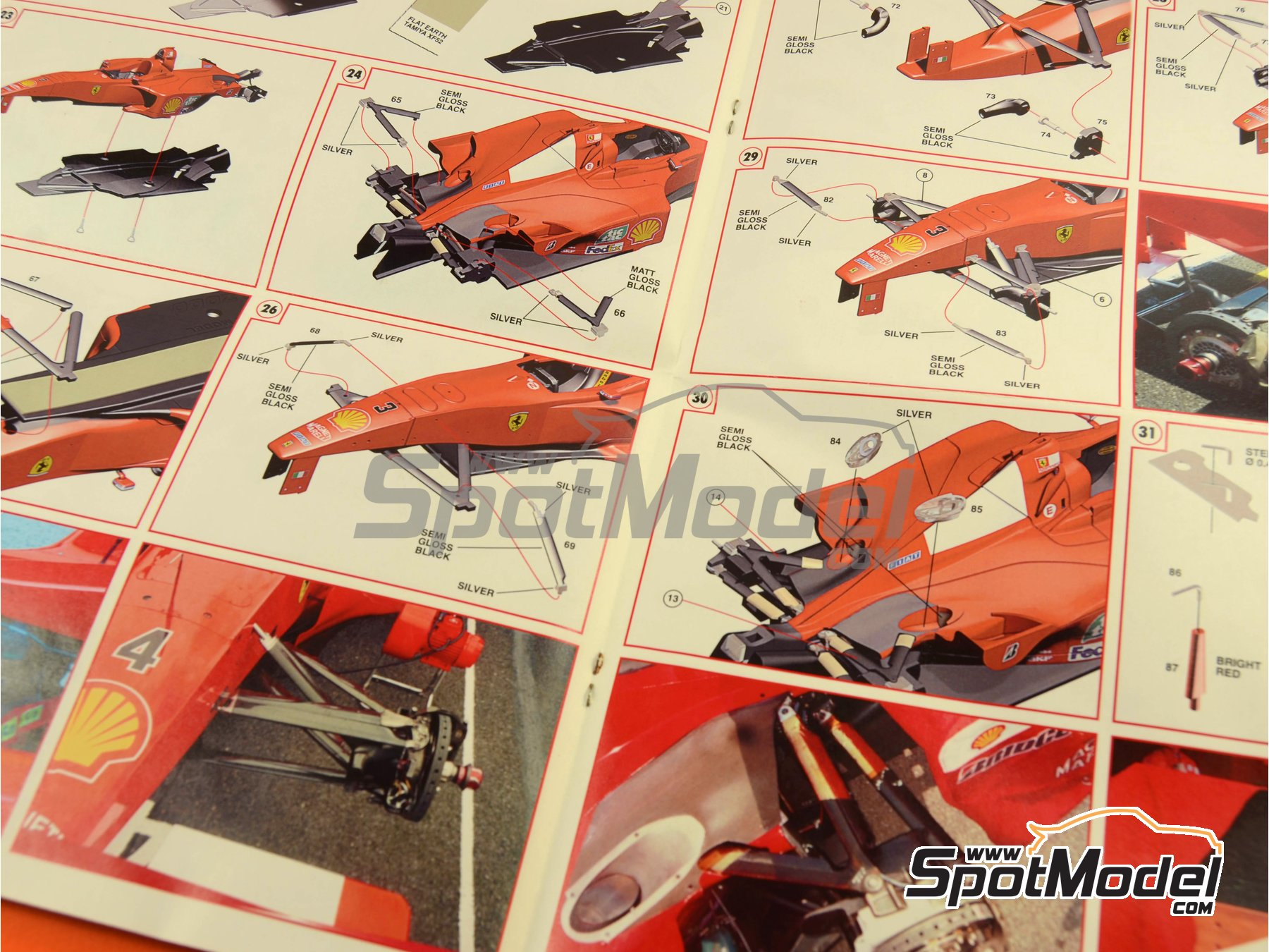 Image 18: Ferrari F1 2000 Marlboro - Japanese Formula 1 Grand Prix 2000 | Model car kit in 1/24 scale manufactured by Tameo Kits (ref.TLK001)