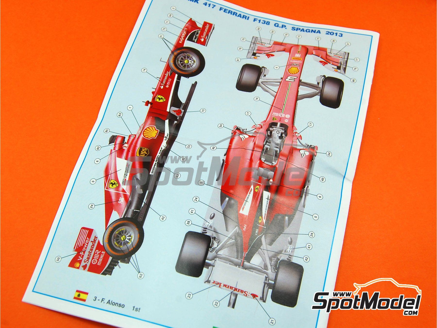 Image 4: Ferrari F138 F2013 Banco Santander - Gran Premio de Fórmula 1 de España 2013 | Maqueta de coche en escala1/43 fabricado por Tameo Kits (ref.TMK417)