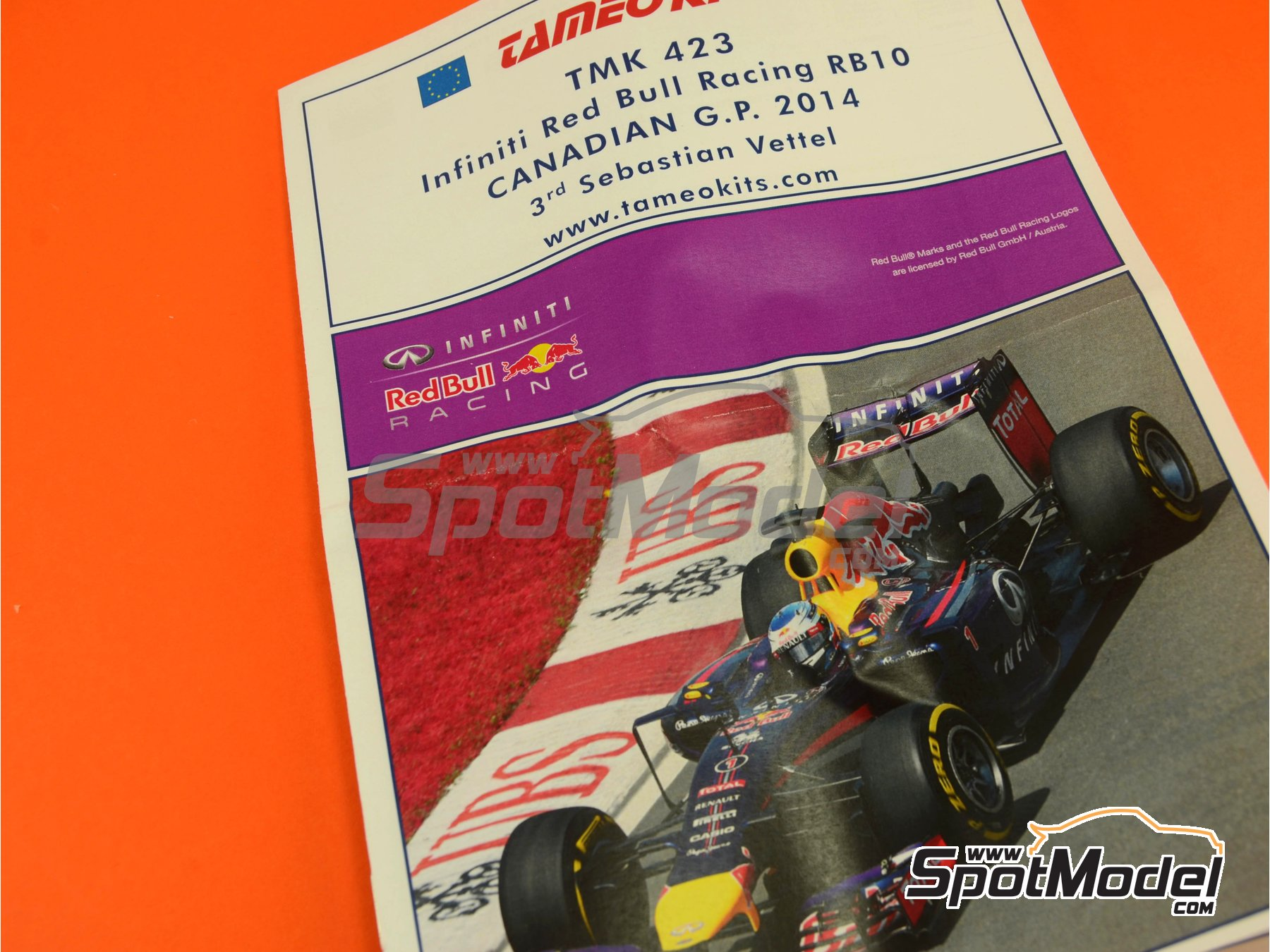 Image 6: RB10 Infiniti - Canadian Formula 1 Grand Prix 2014 | Model car kit in 1/43 scale manufactured by Tameo Kits (ref. TMK423)