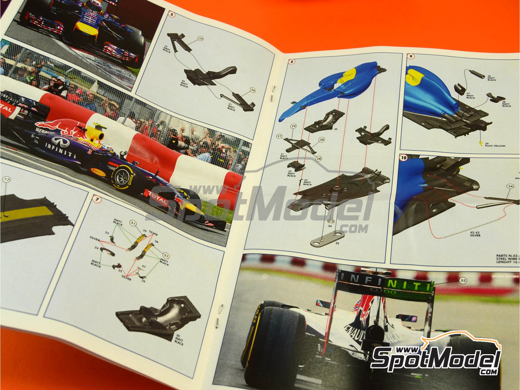 Image 2: RB10 Infiniti - Canadian Formula 1 Grand Prix 2014 | Model car kit in 1/43 scale manufactured by Tameo Kits (ref.TMK424)