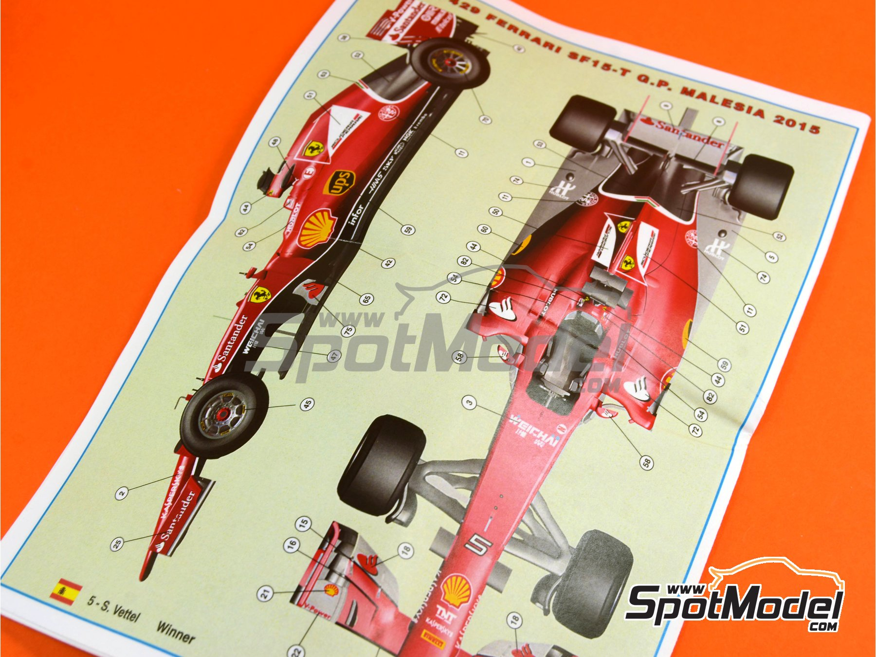 Image 11: Ferrari SF15-T Shell UPS - Gran Premio de Fórmula 1 de Malasia 2015   Maqueta de coche en escala1/43 fabricado por Tameo Kits (ref.TMK429)