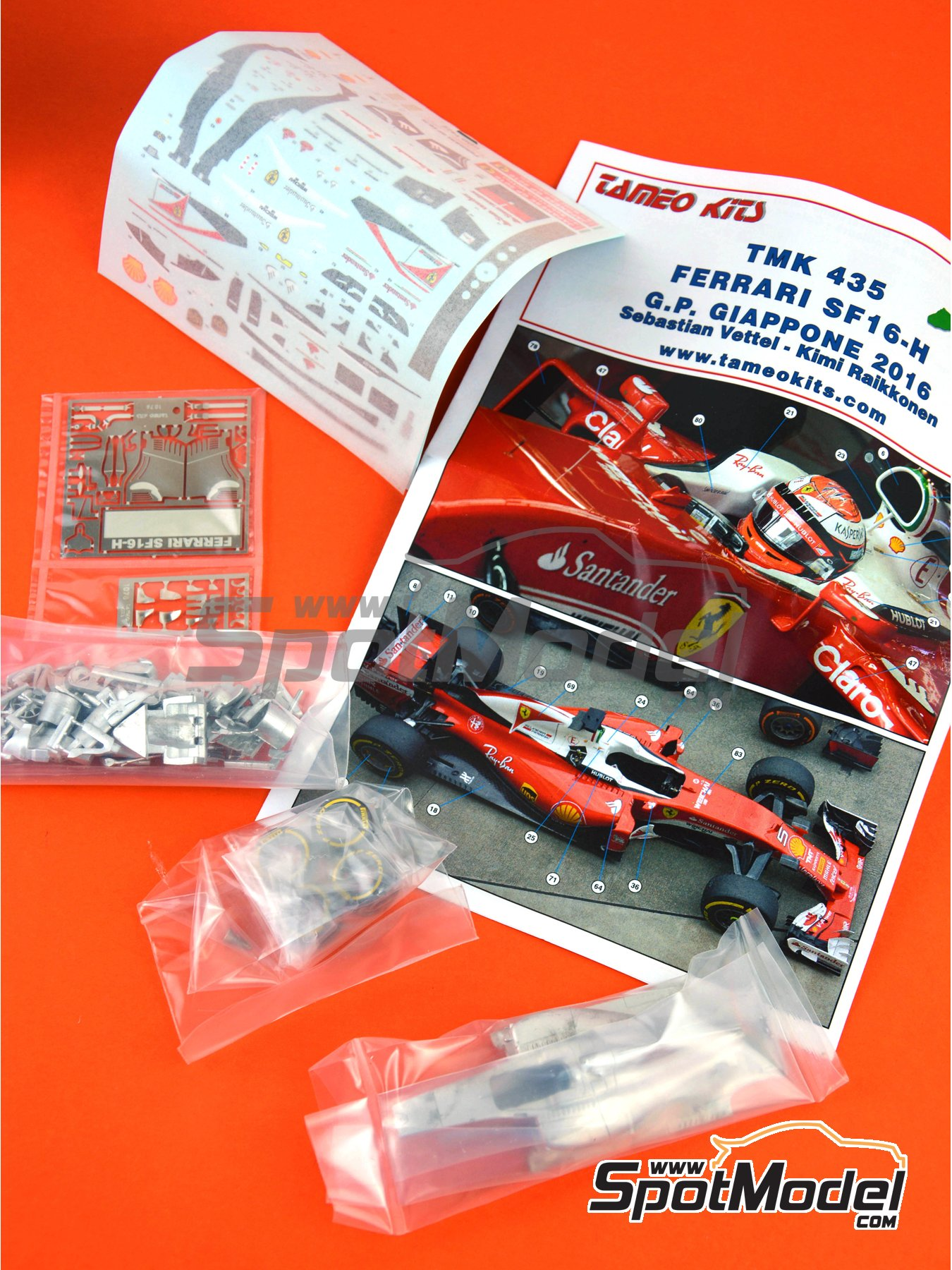 Ferrari SF16-H Banco Santander - Japan Grand Prix 2016 | Model car kit in 1/43 scale manufactured by Tameo Kits (ref. TMK435) image