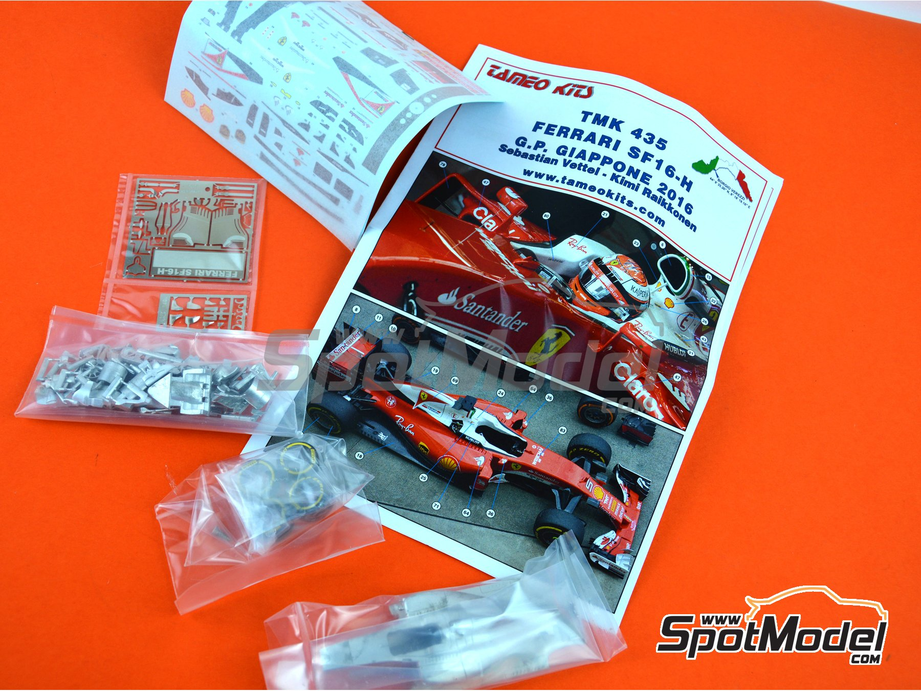 Image 8: Ferrari SF16-H Banco Santander - Japan Grand Prix 2016 | Model car kit in 1/43 scale manufactured by Tameo Kits (ref. TMK435)