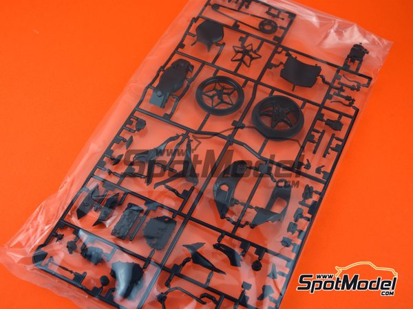 Image 1: Kawasaki Ninja H2R: D Parts | Spare part in 1/12 scale manufactured by Tamiya (ref. TAM14131-SPRUE-D)