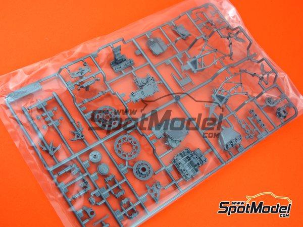 Image 1: Kawasaki Ninja H2R: Partes B | Pieza de reemplazo en escala1/12 fabricado por Tamiya (ref.TAM14131-SPRUE-B)