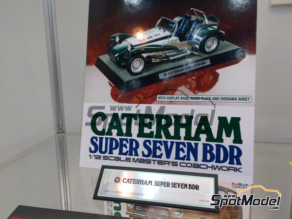 Image 2: Caterham Super Seven BDR | Model car kit in 1/12 scale manufactured by Tamiya (ref. TAM10204)