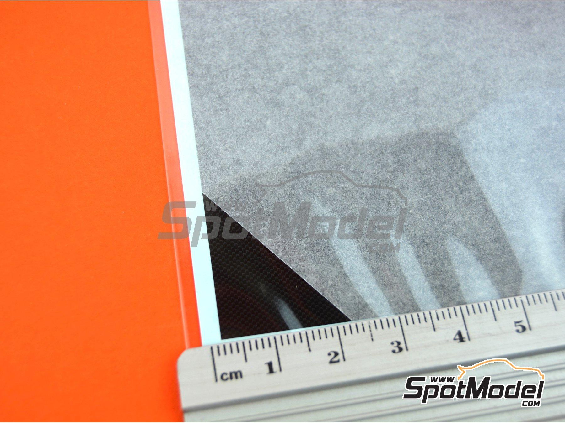 Image 2: Plain weave fine carbon pattern | Decals manufactured by Tamiya (ref.TAM12679)