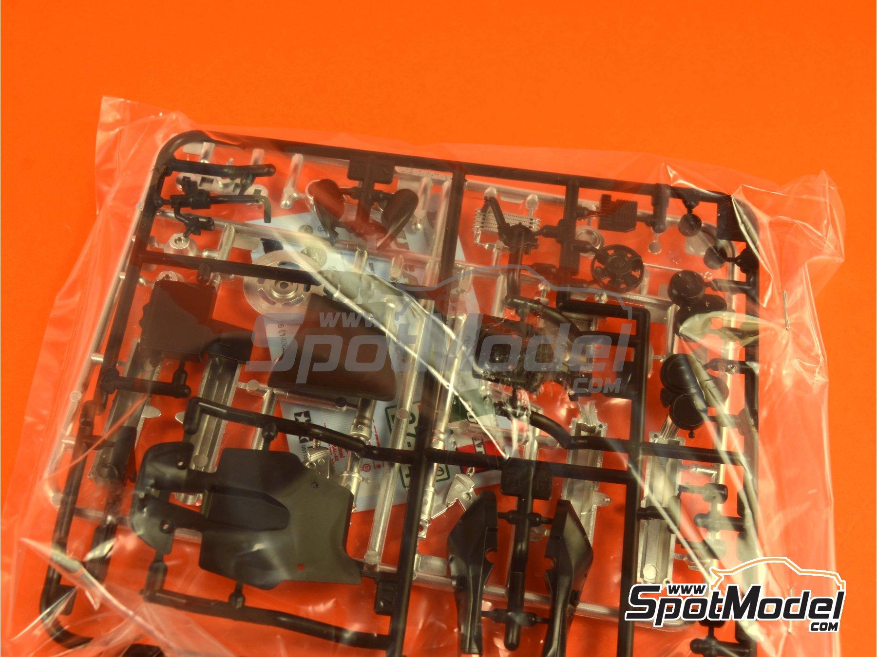 Image 5: Ducati 916 | Maqueta de moto en escala1/12 fabricado por Tamiya (ref.TAM14068, tambien 14068)