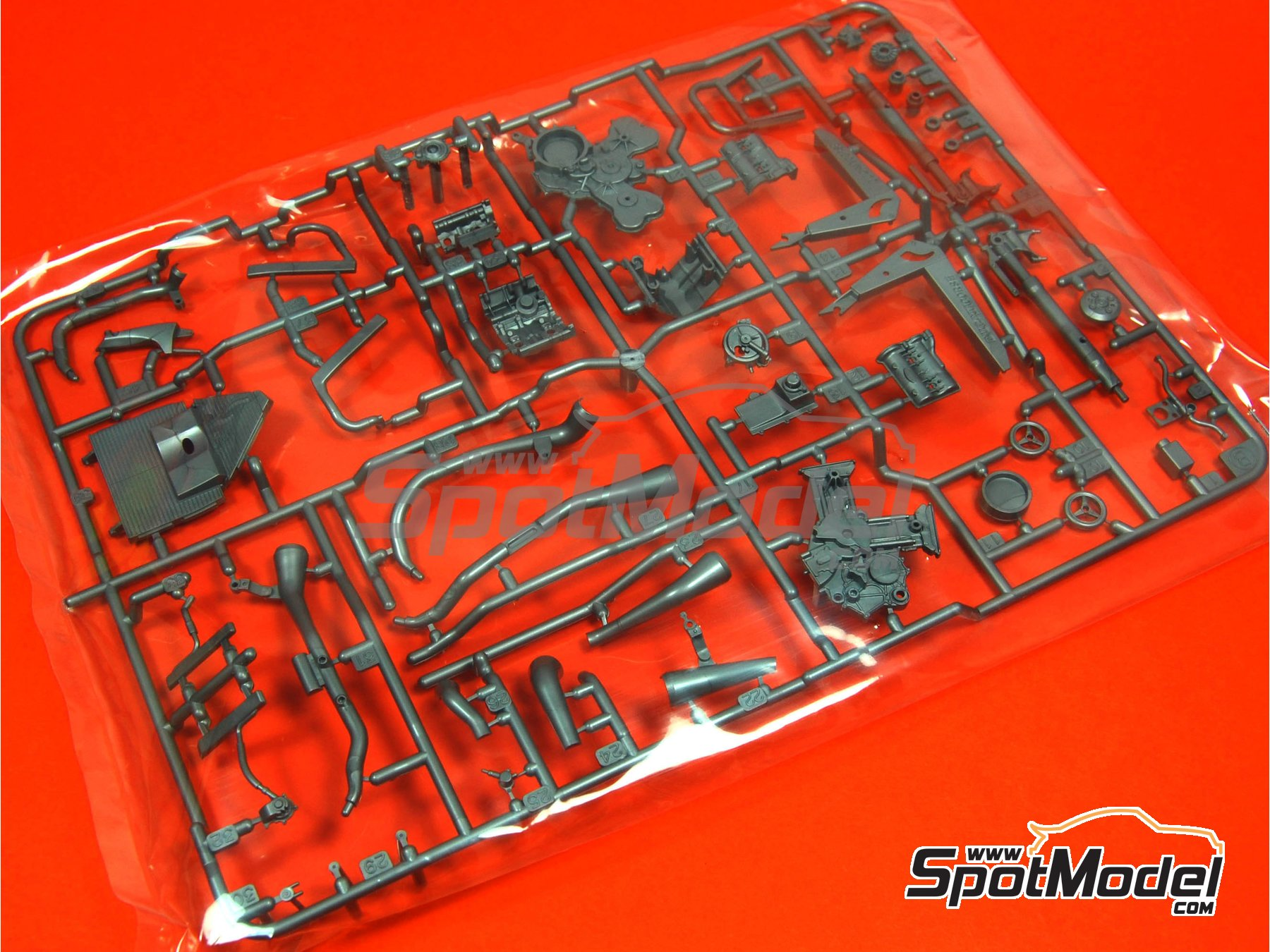 Image 1: Ducati Desmosedici GP3: Sprue B | Spare part in 1/12 scale manufactured by Tamiya (ref.TAM14101-SPRUE-B)