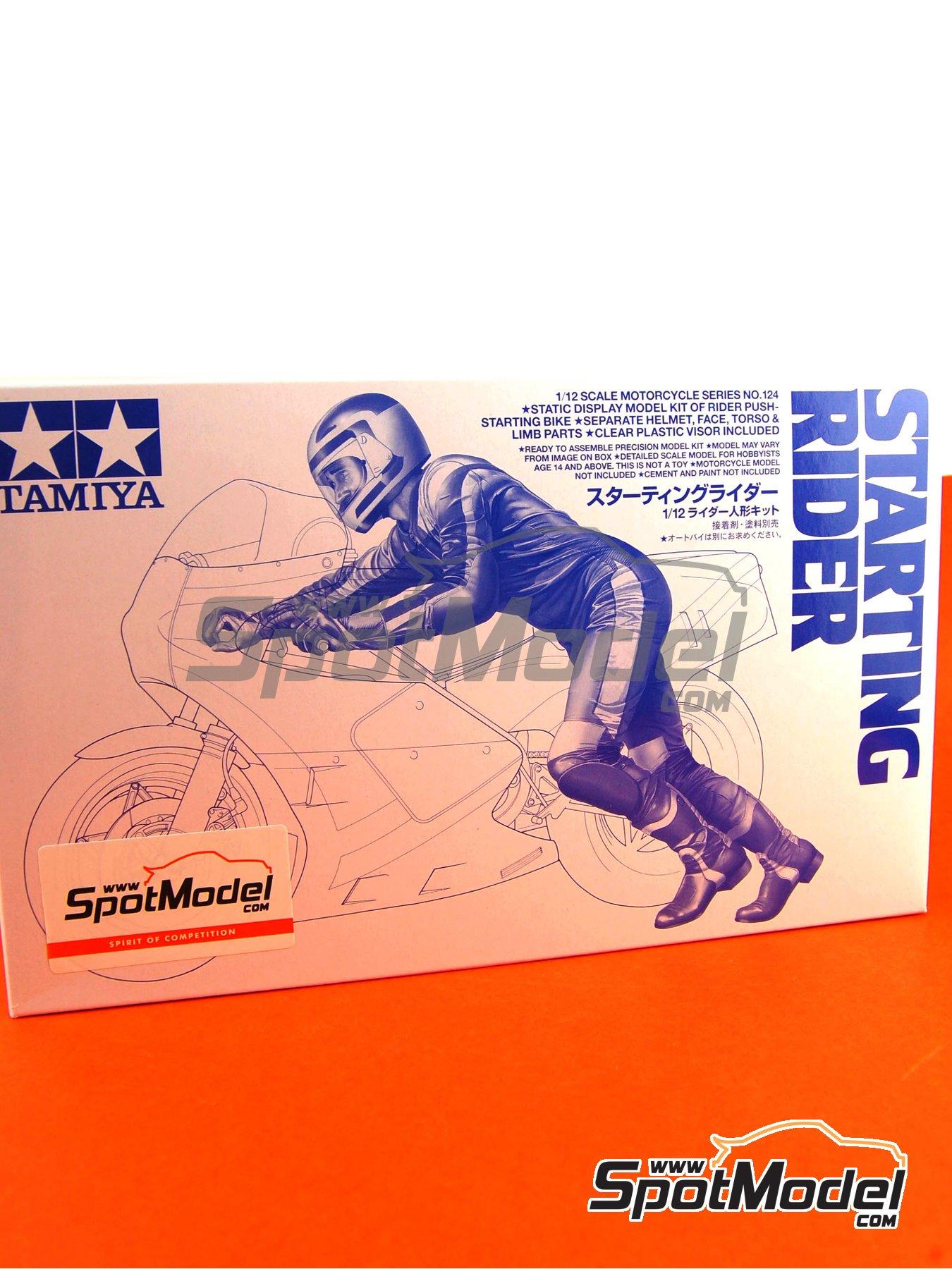 Piloto de motos arrancando moto | Figura en escala1/12 fabricado por Tamiya (ref.TAM14124) image