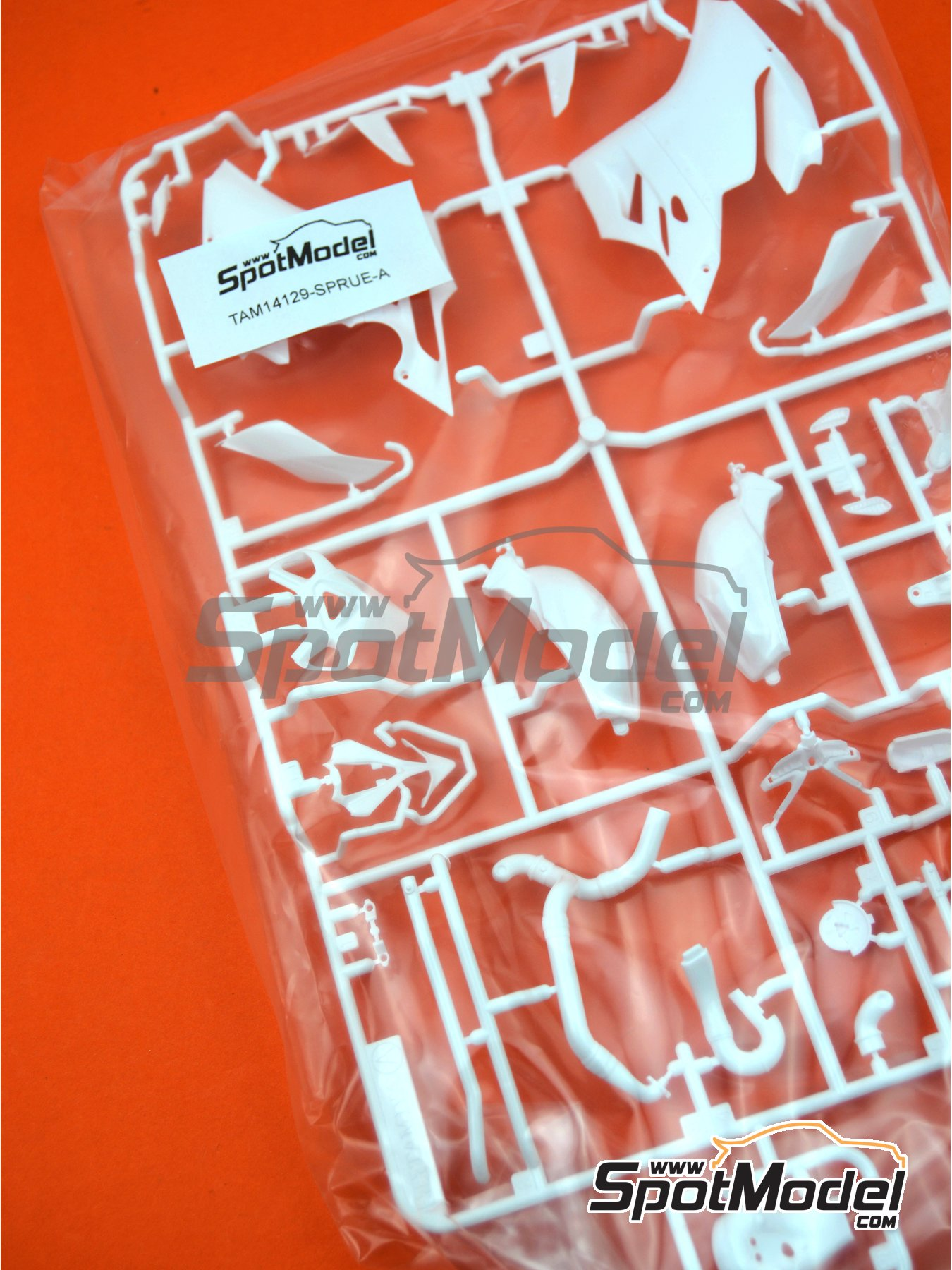 Ducati 1199 Panigale S: Sprue A | Spare part in 1/12 scale manufactured by Tamiya (ref.TAM14129-SPRUE-A) image