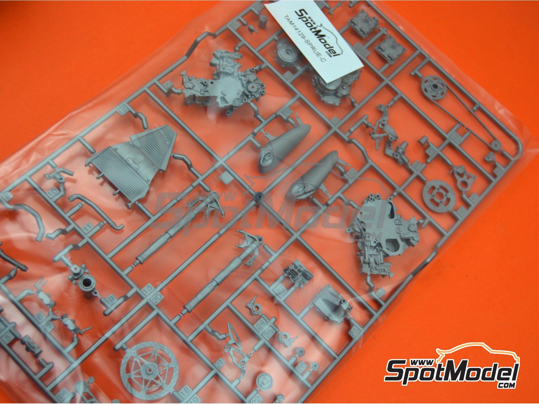 Image 1: Ducati 1199 Panigale S: Partes C   Pieza de reemplazo en escala1/12 fabricado por Tamiya (ref.TAM14129-SPRUE-C)