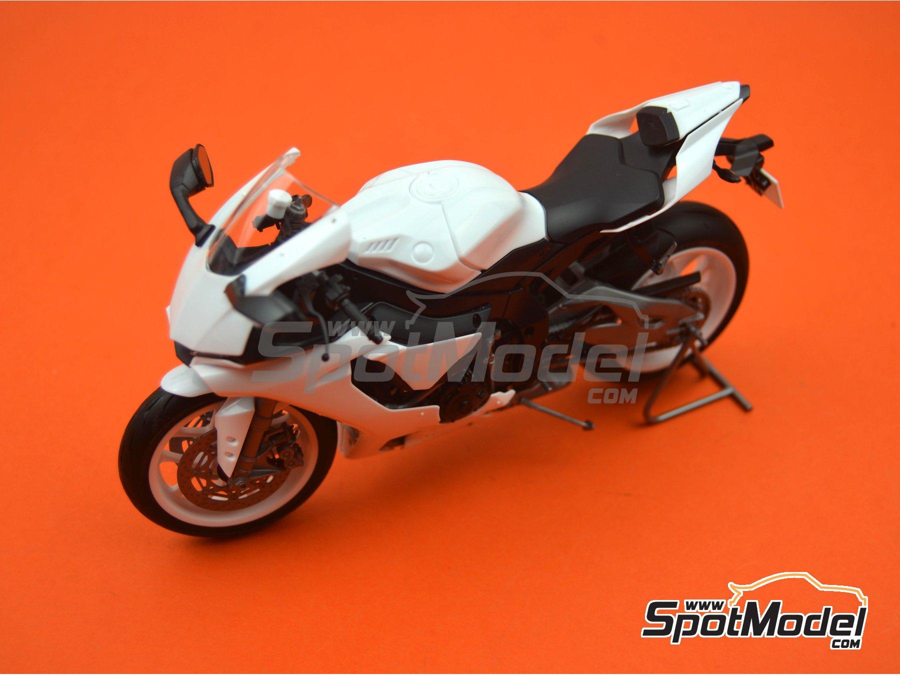 Image 18: Yamaha YZF-R1M   Maqueta de moto en escala1/12 fabricado por Tamiya (ref.TAM14133, tambien 14133, HC-14133, 4950344141333 y TMY14133)