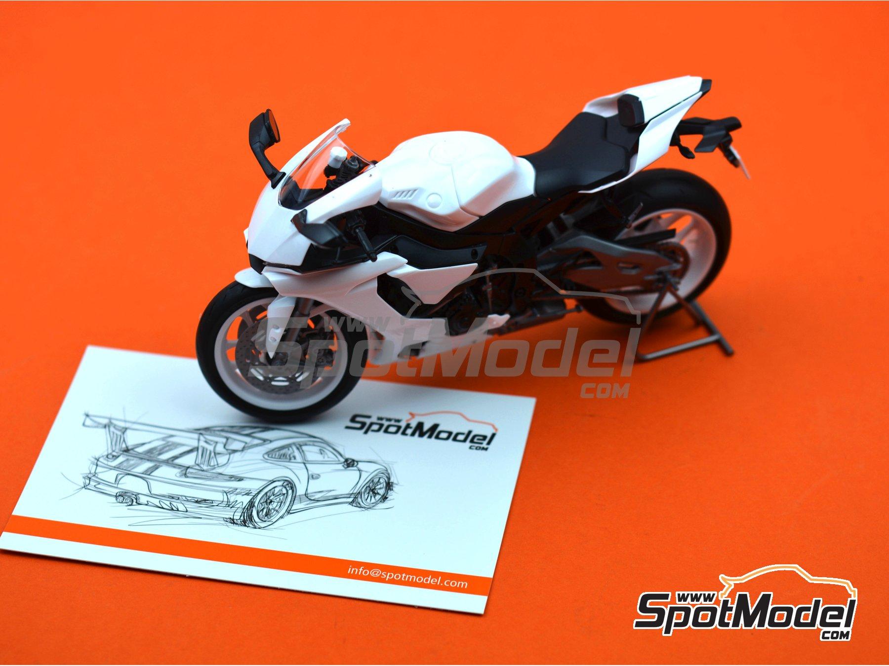 Image 21: Yamaha YZF-R1M   Maqueta de moto en escala1/12 fabricado por Tamiya (ref.TAM14133, tambien 14133, HC-14133, 4950344141333 y TMY14133)