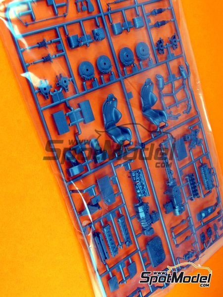 Ferrari Laferrari: Sprue C | Spare part in 1/24 scale manufactured by Tamiya (ref. TAM24333-SPRUE-C) image