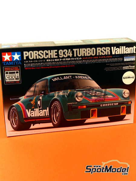 Porsche 934 Turbo RSR Group 4 Vaillant Kremer Racing - German Racing GTs Championship 1976 | Model car kit in 1/24 scale manufactured by Tamiya (ref. TAM24334, also 24334) image