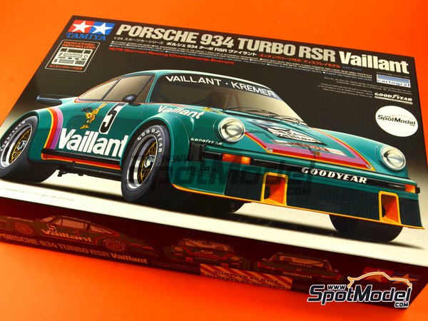 Image 1: Porsche 934 Turbo RSR Group 4 Vaillant Kremer Racing - German Racing GTs Championship 1976 | Model car kit in 1/24 scale manufactured by Tamiya (ref. TAM24334, also 24334)