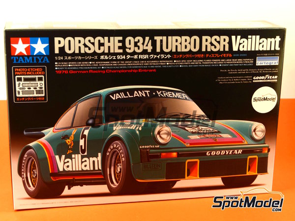 Image 14: Porsche 934 Turbo RSR Group 4 Vaillant Kremer Racing - German Racing GTs Championship 1976 | Model car kit in 1/24 scale manufactured by Tamiya (ref. TAM24334, also 24334)