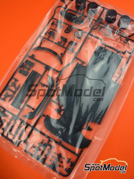 Mercedes Benz AMG GT3: Sprues B and F spare parts | Spare part in 1/24 scale manufactured by Tamiya (ref. TAM24345-SPRUE-B-F) image