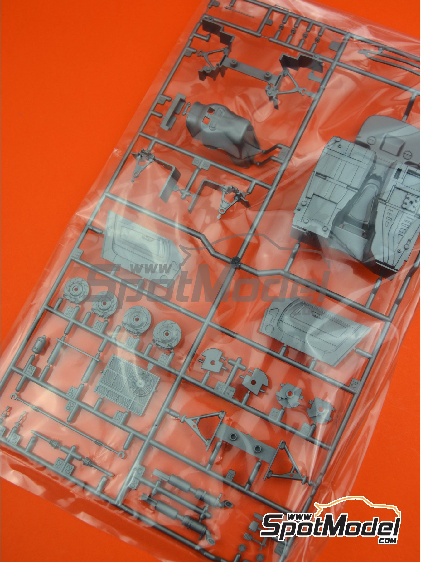 Mercedes Benz AMG GT3: Sprue C spare parts | Spare part in 1/24 scale manufactured by Tamiya (ref. TAM24345-SPRUE-C) image