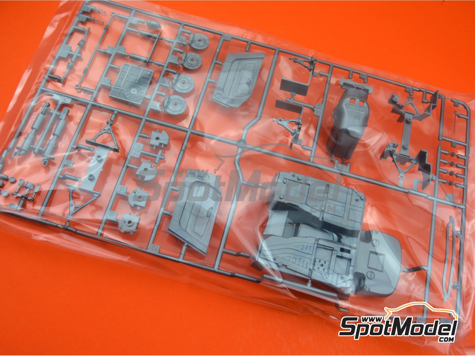 Image 1: Mercedes Benz AMG GT3: Sprue C spare parts | Spare part in 1/24 scale manufactured by Tamiya (ref. TAM24345-SPRUE-C)