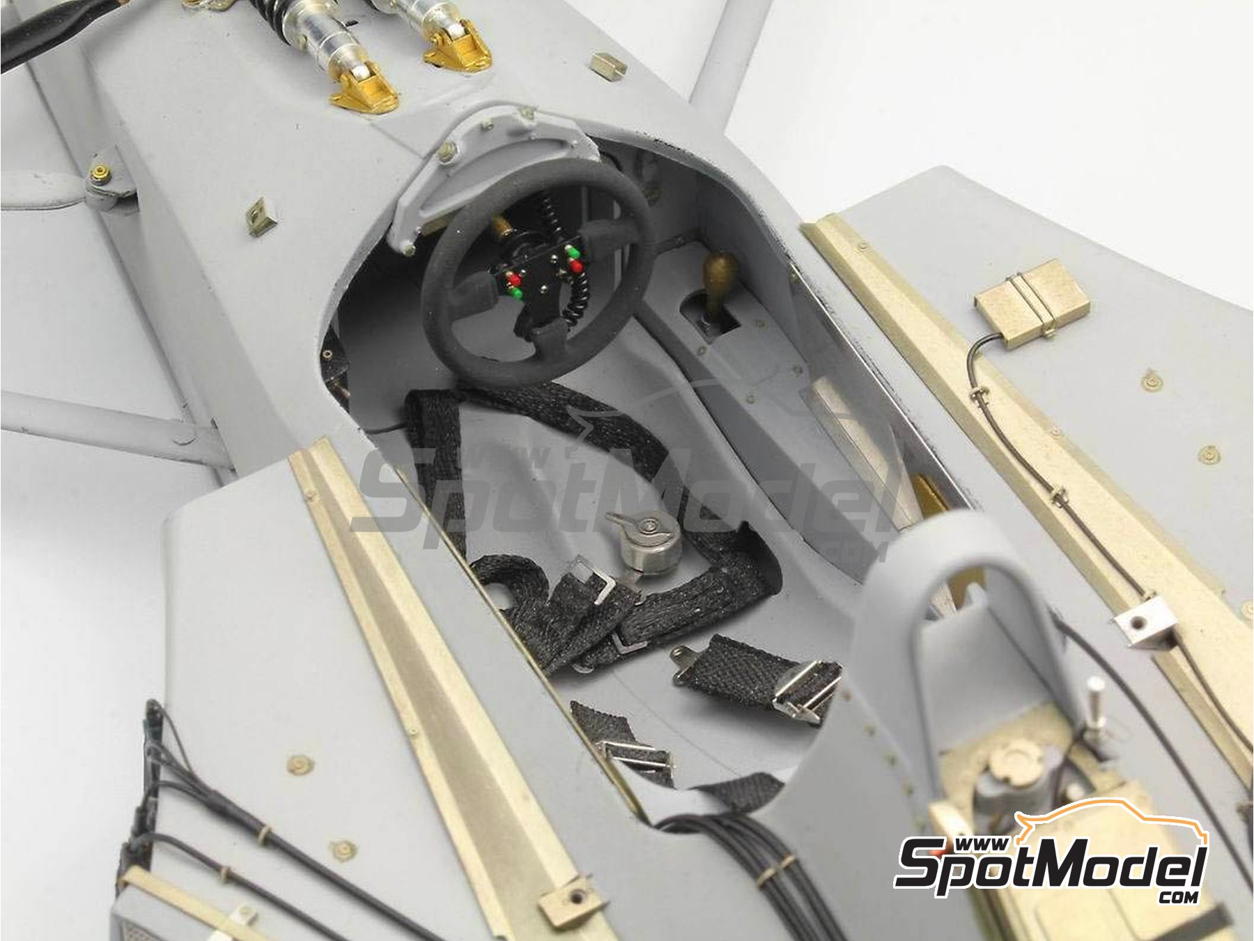 Image 2: McLaren Honda MP4/6 | Set de mejora y detallado en escala1/12 fabricado por Top Studio (ref.MD29015)
