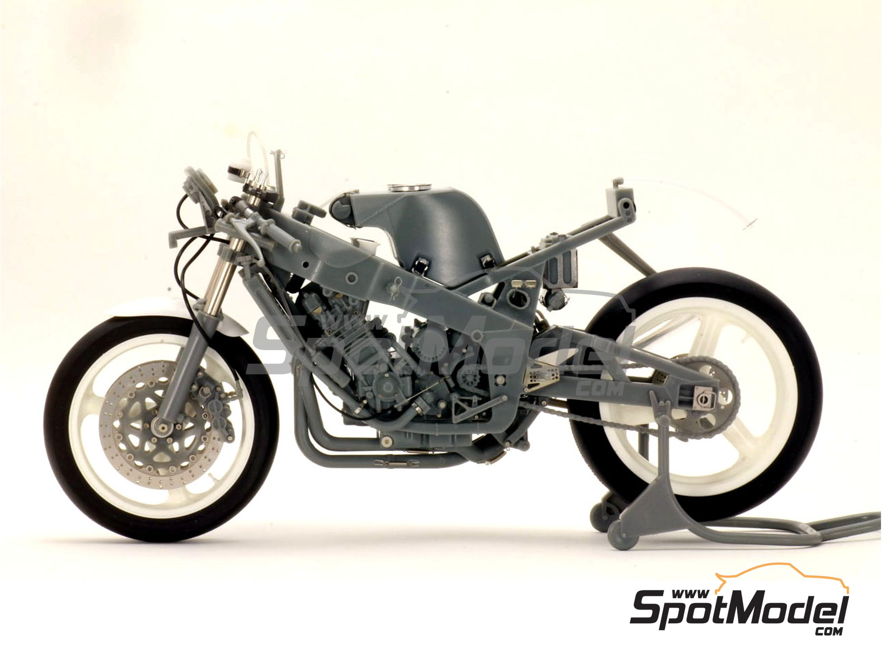 Image 3: Yamaha FZR-750 - Detail Up Set | Detail in 1/12 scale manufactured by Top Studio (ref. TD23094)