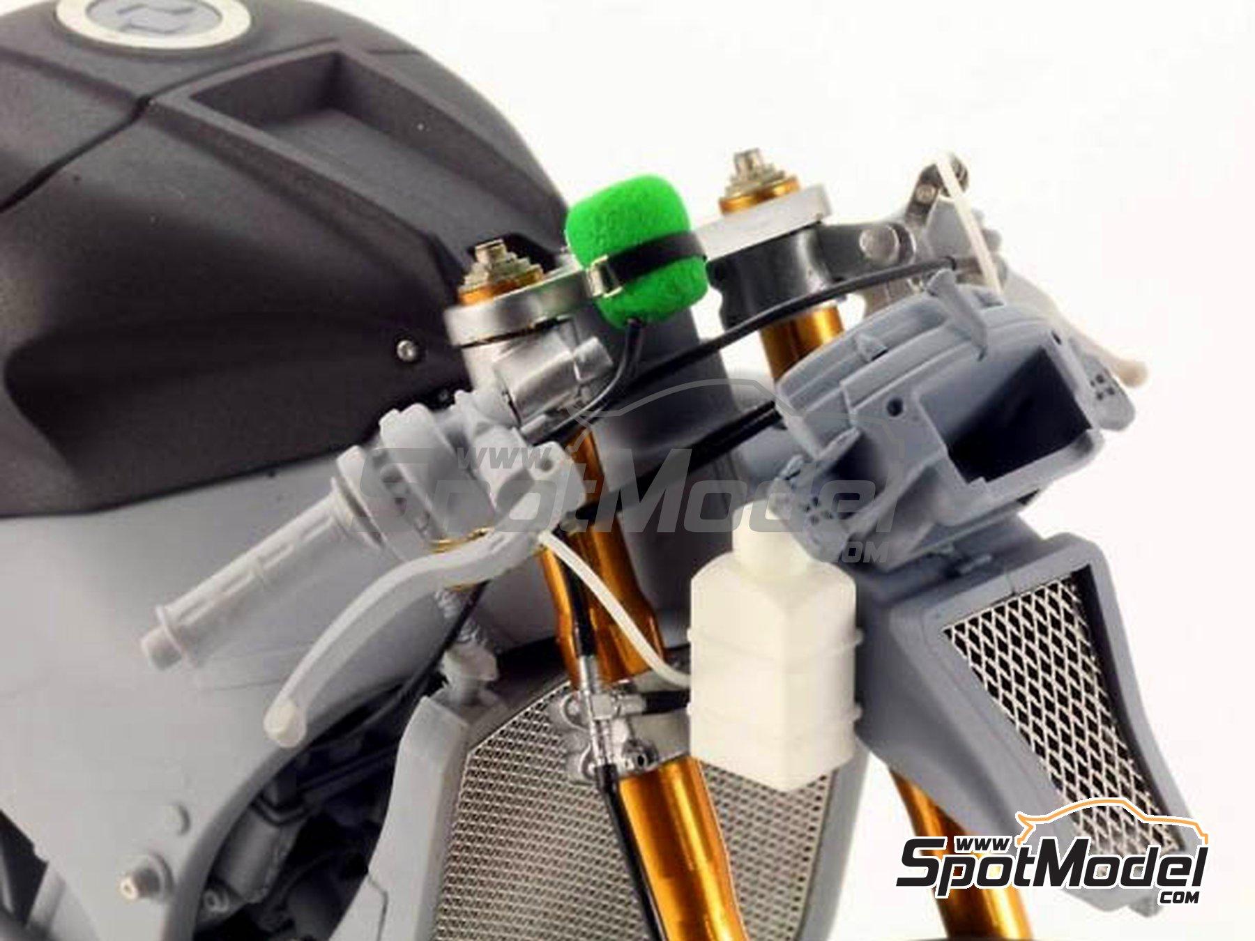Image 4: Kawasaki ZX-10R -  2011 | Set de mejora y detallado en escala1/12 fabricado por Top Studio (ref.TD23099)
