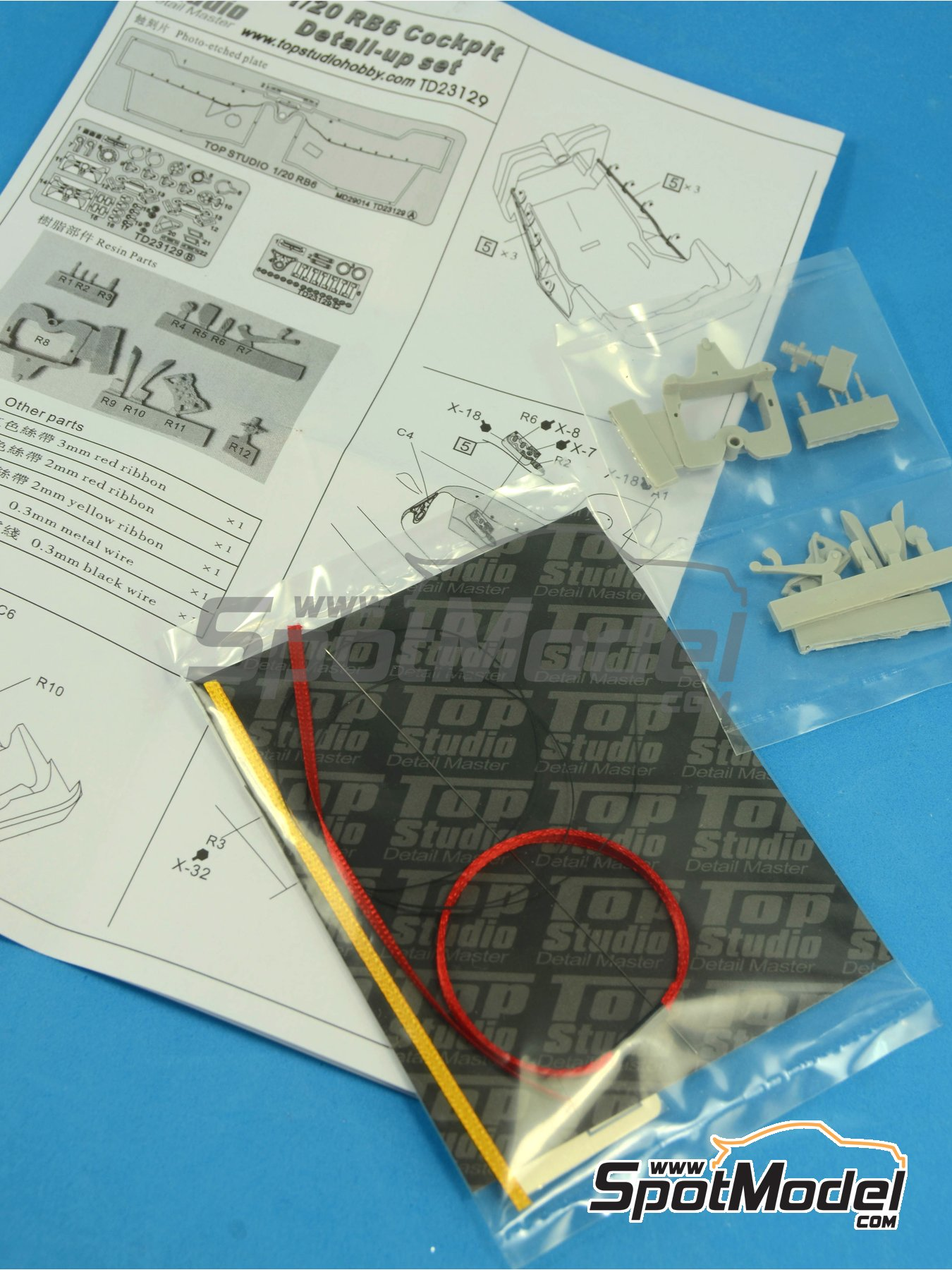 RB Racing Renault RB6 - Cockpit | Detail in 1/20 scale manufactured by Top Studio (ref.TD23129) image