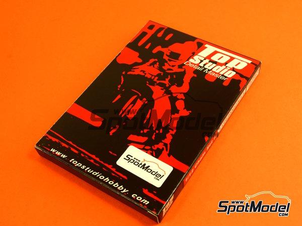 Image 4: Ducati 1199 Panigale S | Cadena en escala1/12 fabricado por Top Studio (ref.TD23142)