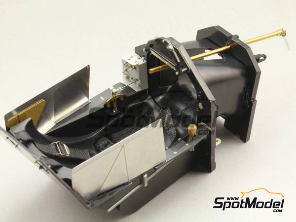Image 3: McLaren Honda MP4/6 | Detail up set in 1/12 scale manufactured by Top Studio (ref. TD23159)