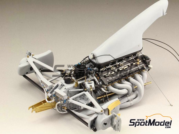Image 13: McLaren Honda MP4/6   Detail up set in 1/12 scale manufactured by Top Studio (ref.TD23160)