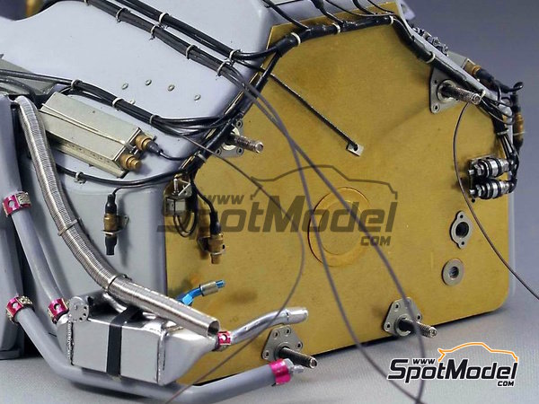 Image 1: McLaren Honda MP4/6 | Set de mejora y detallado en escala1/12 fabricado por Top Studio (ref.TD23161)