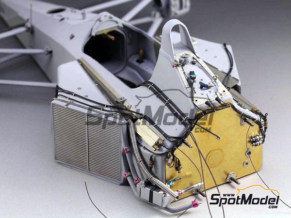 Image 2: McLaren Honda MP4/6 | Set de mejora y detallado en escala1/12 fabricado por Top Studio (ref.TD23161)