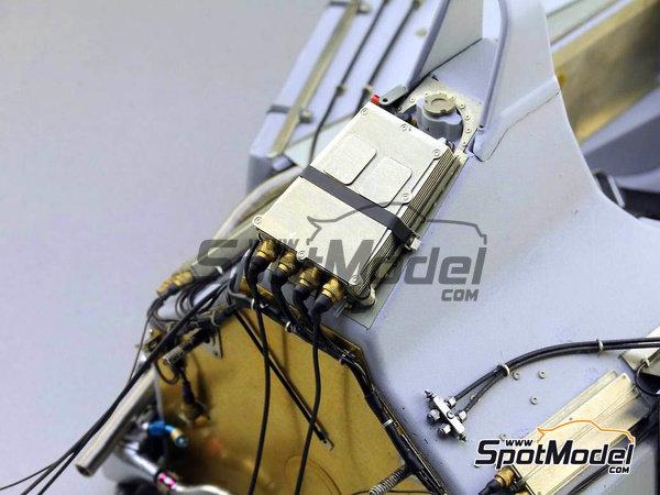 Image 8: McLaren Honda MP4/6 | Set de mejora y detallado en escala1/12 fabricado por Top Studio (ref.TD23161)