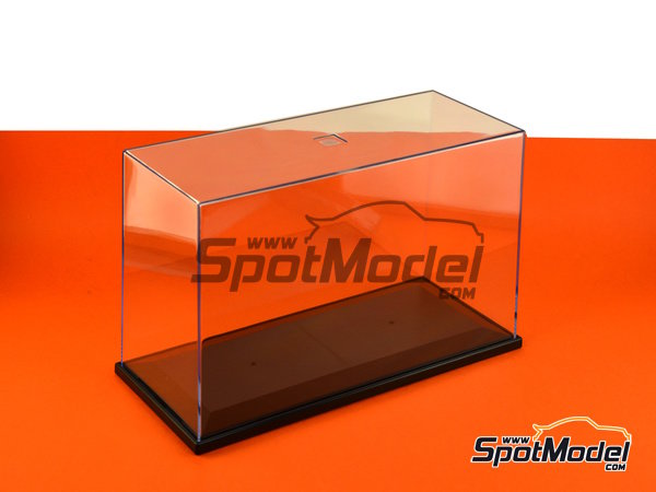 Image 2: Display case for 1/12 scale bikes | Display case in 1/12 scale manufactured by Trumpeter (ref. 09804)
